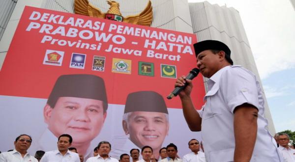 Ribuan Warga Solo Sambut Kedatangan Prabowo