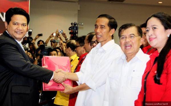 Jokowi dan Jusuf Kalla mendaftar ke KPU (Foto: Runi Sari/Okezone)
