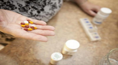 Minum Obat dengan Teh Manis Justru Kurangi Khasiatnya?