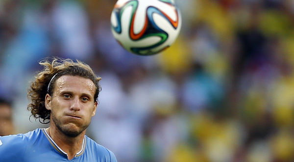 Diego Forlan. (Foto: Marcelo Del Pozo/REUTERS)