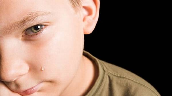 Cegah Kejahatan Seksual, Kenalkan Anak Sentuhan Baik & Buruk