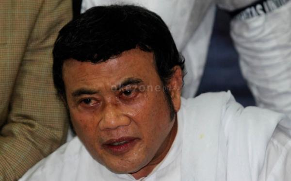 Rhoma Irama Hibur Pendukung Prabowo-Hatta di Madura