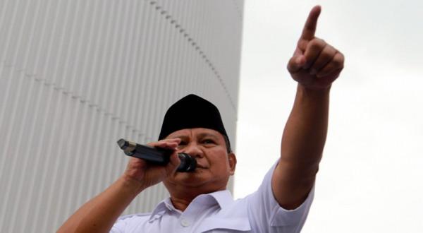 Usai Salat Jumat, Prabowo Kunjungi Tanah Abang dan Glodok