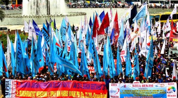 Pilpres Momentum Memilih Pemimpin yang Pro Buruh