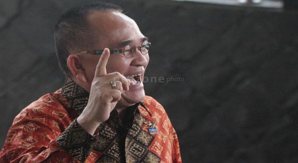 Nurhayati: Tak Terima Ditendang, Ruhut Silakan Lapor SBY