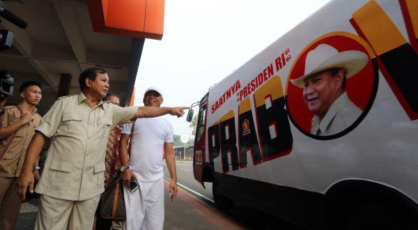 Prabowo: Ada yang Berusaha Bajak Demokrasi Kita