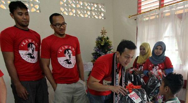 Kawan Jokowi Gelar Aksi Sosial di Ambon