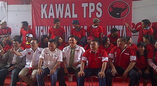 Pendukung Jokowi di Pilgub DKI Lari ke Prabowo