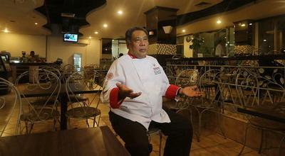 Kuat Masak Seharian, Chef Yono Andalkan Vitamin C