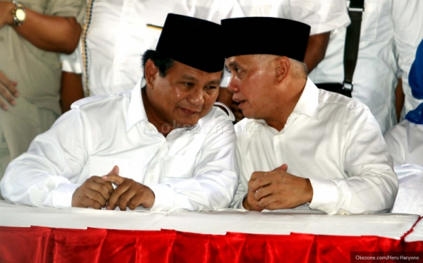 Gaet Swing Voters, Prabowo-Hatta Gunakan Pendekatan Simpatik