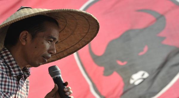 Dikritik, Jokowi Harusnya Legowo
