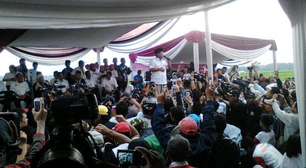 Prabowo Ingatkan Pentingnya 9 Juli di Hadapan Ribuan Petani