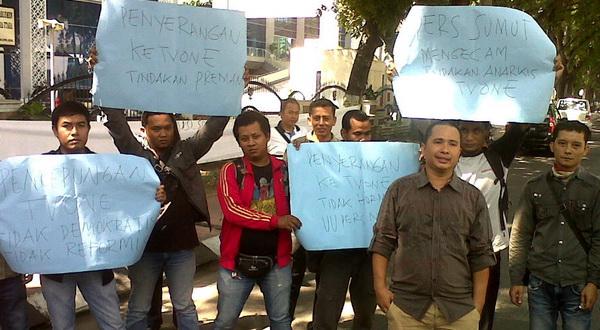 Wartawan Medan Gelar Aksi Kecam Penyegelan Kantor TV One