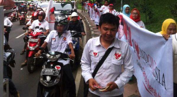 """""""Rantai Manusia"""" Tutup Kampanye Prabowo-Hatta di Bogor"""