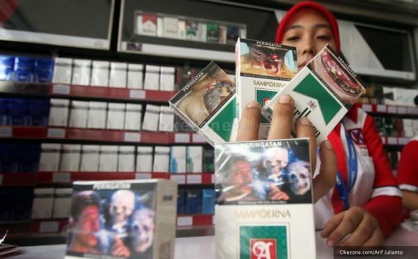 BPOM ancam distributor yang jual rokok tanpa gambar seram. (Foto: Okezone)
