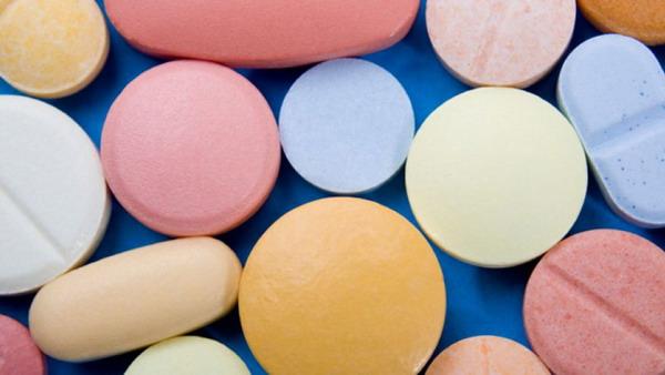 Jangan Minum Obat jika Telah Berubah Warna