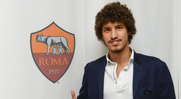 Situs Bola -  Salih Ucan Pemain Ke Tiga Yang Di Datangkan Roma