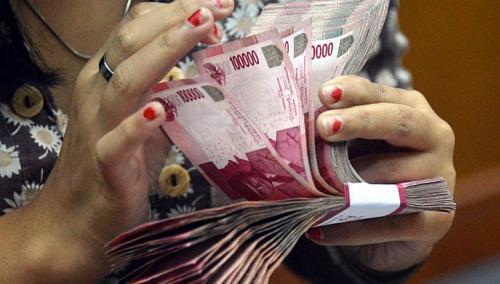 Rupiah jugatertekan ke Rp11.705