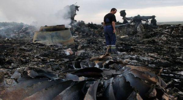 Keluarga Penumpang MH17 Datangi Bandara Soekarno Hatta