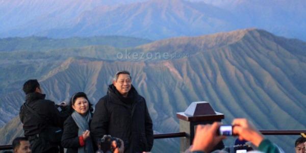 SBY Pantau Putusan KPU dari Cikeas