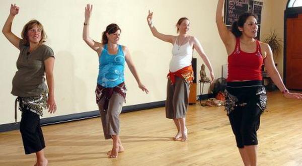 Ibu Hamil Berlatih Belly Dance, Perhatikan Ini
