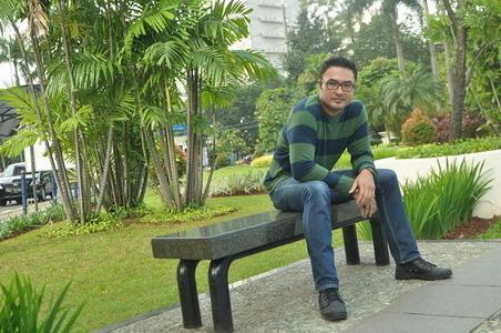 Alasan Surya Saputra Senang Lari di Senayan