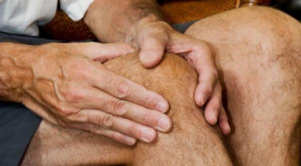 Penderita Artritis Harus Regangkan Kaki saat Mudik