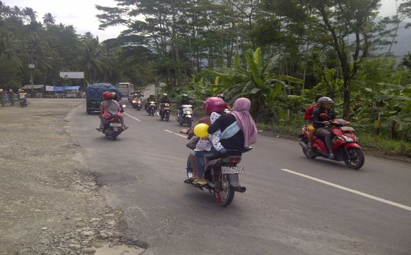 Jalur Lintas Tengah Mulai Dipadati Pemudik Sepeda Motor