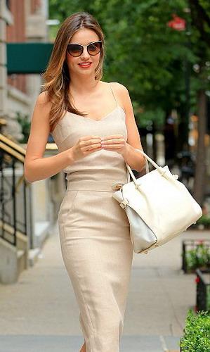 Miranda Kerr Dandan Cantik Hanya 15 Menit