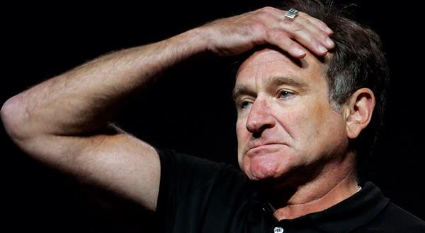 Depresi Lari ke Alkohol, Robin Williams Atasi Ketidaknyamanan