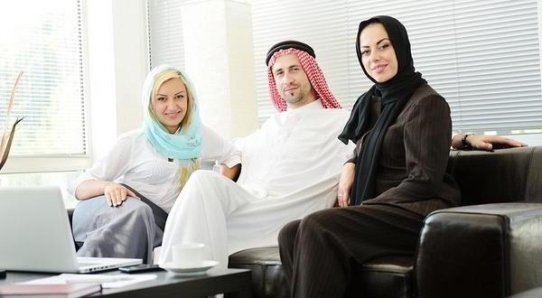 Dampak Poligami bagi Kesehatan Istri Pertama