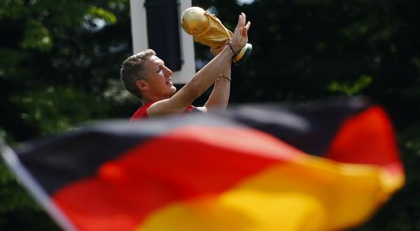 Bastian Schweinsteiger - gelandang Bayern Munich dan Tim Nasional Jerman (Foto: REUTERS/Thomas Peter)