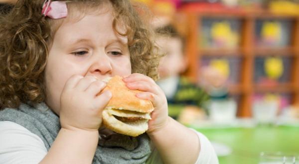 Masyarakat Kelas Bawah Kini juga Alami Obesitas