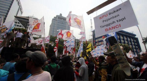 Ini Cara Polri Hadang Massa Prabowo Masuk Jakarta