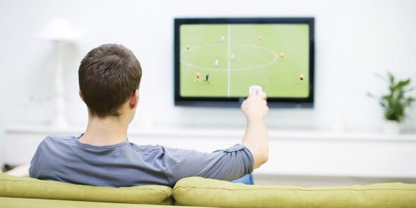 Nonton TV 20 Jam Lebih Sepekan Turut Kurangi Jumlah Sperma