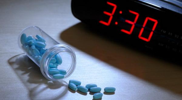 Bahayanya Minum Obat Tidur Dibarengi Obat Lain