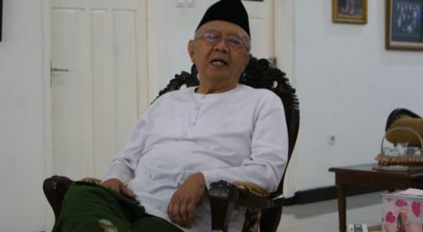 Pesan Gus Sholah untuk Muktamar PKB di Surabaya