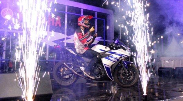 Yamaha R25 Hentak Publik Ibu Kota