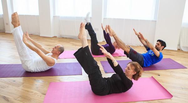 Gerakan Pilates Perbaiki Postur Tubuh