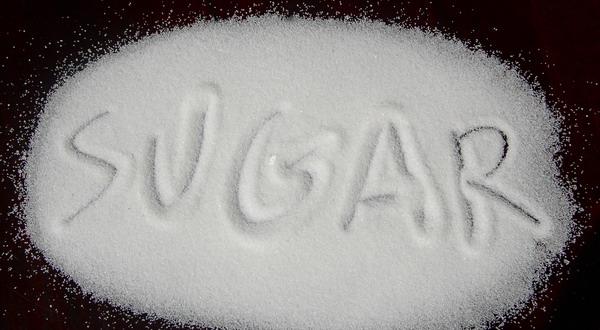 Konsumsi Gula Lebih Berisiko Hipertensi