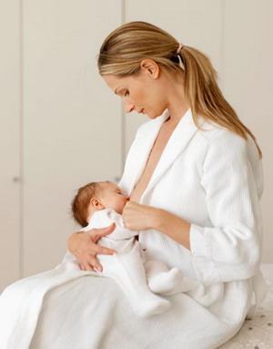 ASI Eksklusif Cegah Penyakit Kuning Bayi