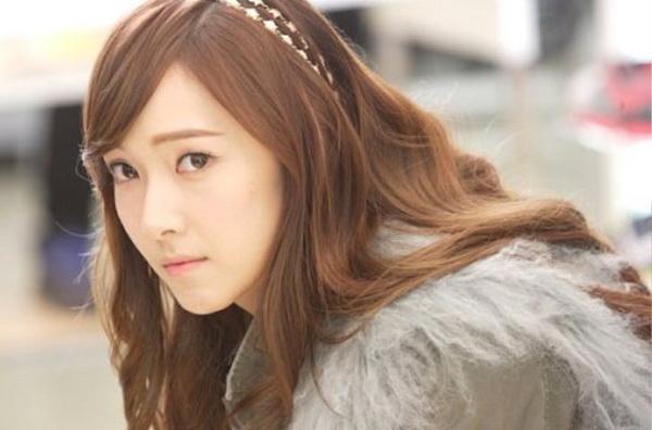 Berita terbaru: Jessica Dikeluarkan dari SNSD?