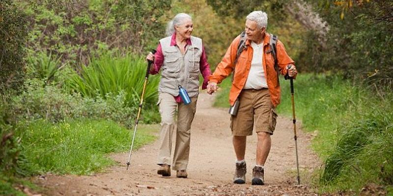 Jalan 6.000 Langkah Cegah Lansia Kena Arthritis