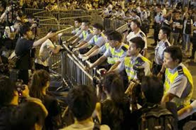 Pertemuan Gagal, Hong Kong Masih Panas