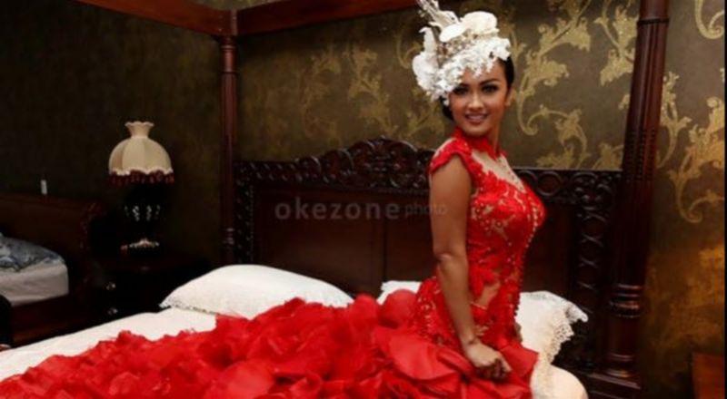 Jupe Akui Idap Kanker Serviks Stadium 2 : Okezone Celebrity