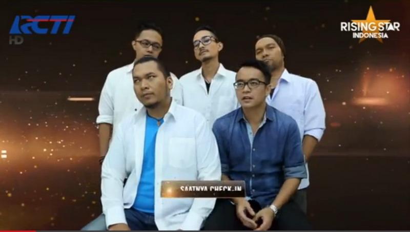 https: img.okeinfo.net content 2014 11 01 205 1059663 band-erka-dipulangkan-dari-rising-star-indonesia-SMp6bM4tT8.jpg