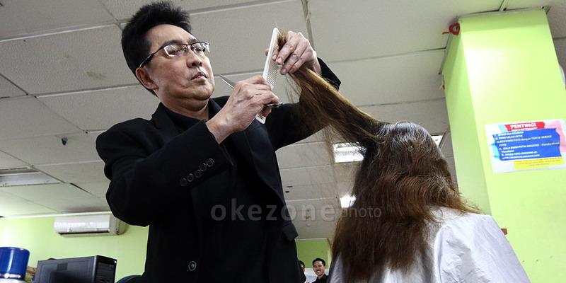https: img.okeinfo.net content 2014 11 06 83 1061908 efek-samping-menyasak-rambut-q4DQbHDZl4.jpg
