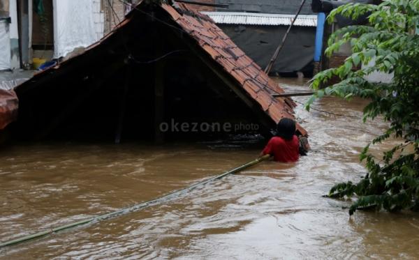 Puluhan Rumah Diterjang Banjir, 1 Orang Tewas