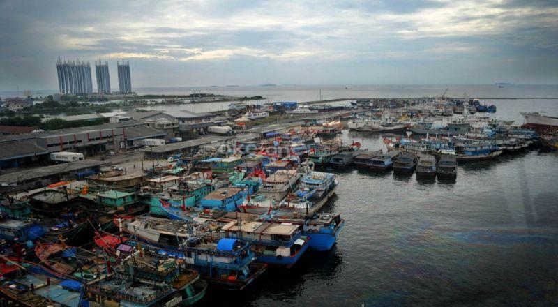 https: img.okeinfo.net content 2014 12 08 320 1076422 10-orang-yang-dipercaya-susi-awasi-illegal-fishing-rWw8u1ALv9.jpg