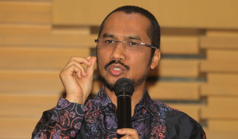 https: img.okeinfo.net content 2015 02 17 17 1106821 abraham-samad-advokat-pemberantas-korupsi-JNarurlolG.jpg